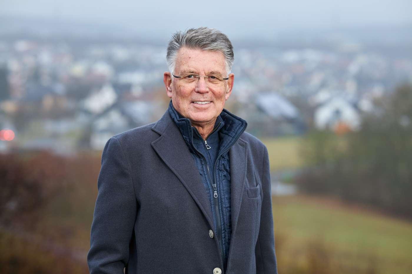 Dr. Simon Fulda